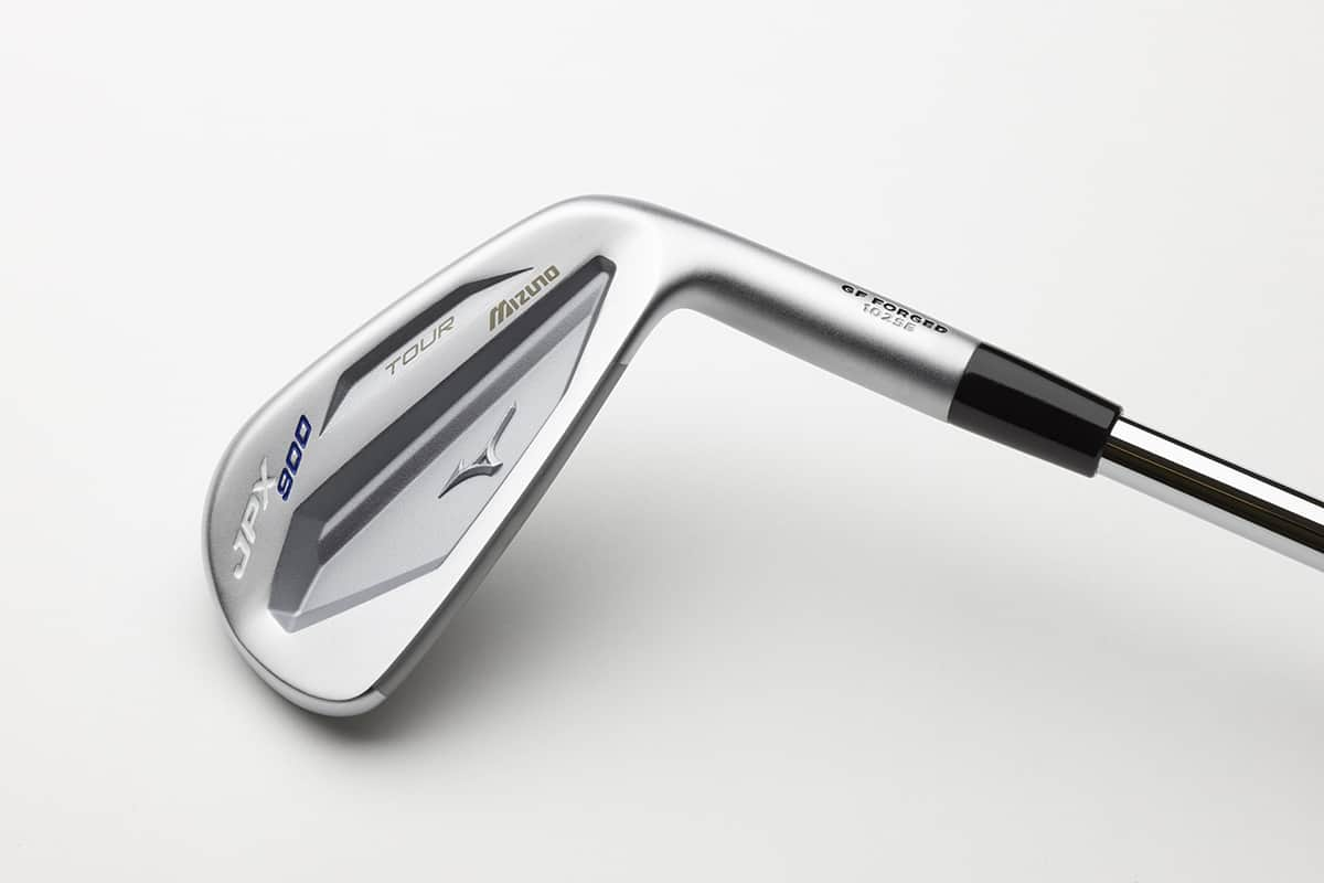 Image of top side view of the Mizuno JPX 900 tour golf clubhead