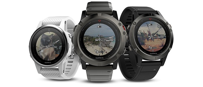 Image of the Garmin Fenix 5 golf watch. Personalized watch faces.
