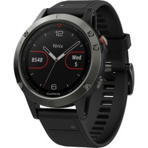 Image of a Garmin Fenix 5 golf gps watch. Best multisport golf gps watch.